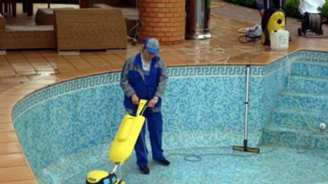 22 شركة تنظيف مسابح المزاحمية شركة لانج كلين 0508020877