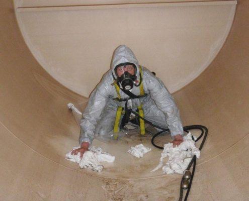 tankcleaning3 1024x768 495x400 شركة تنظيف خزانات بالدرعيةشركة كلين لانج 0508020877